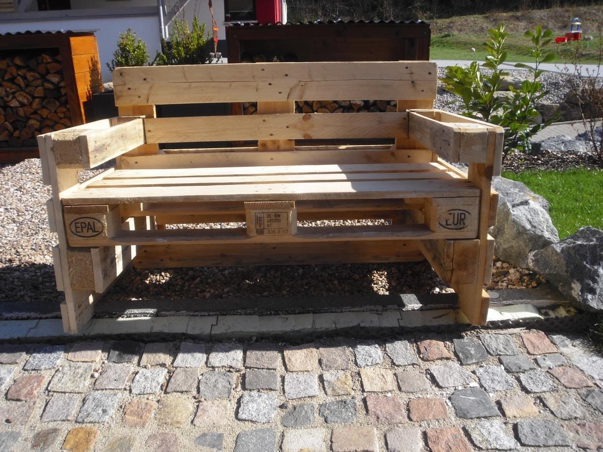Gartenbank aus 4 Europaletten  - Einführungspreis: 119,00€ bis 31.05.2015, danach 139,00€